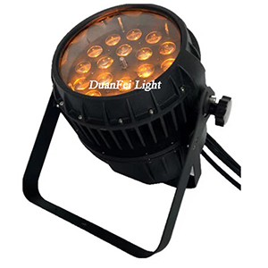 Outdoor LED Zoom Par Can 18x18W